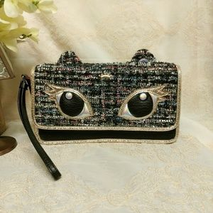 ⛔HOLD TIL 5PM 12/13⛔Juicy Couture Clutch/Wristlet